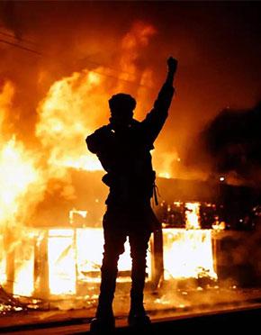 纽约市长女儿示威被捕 全美40个城市宵禁